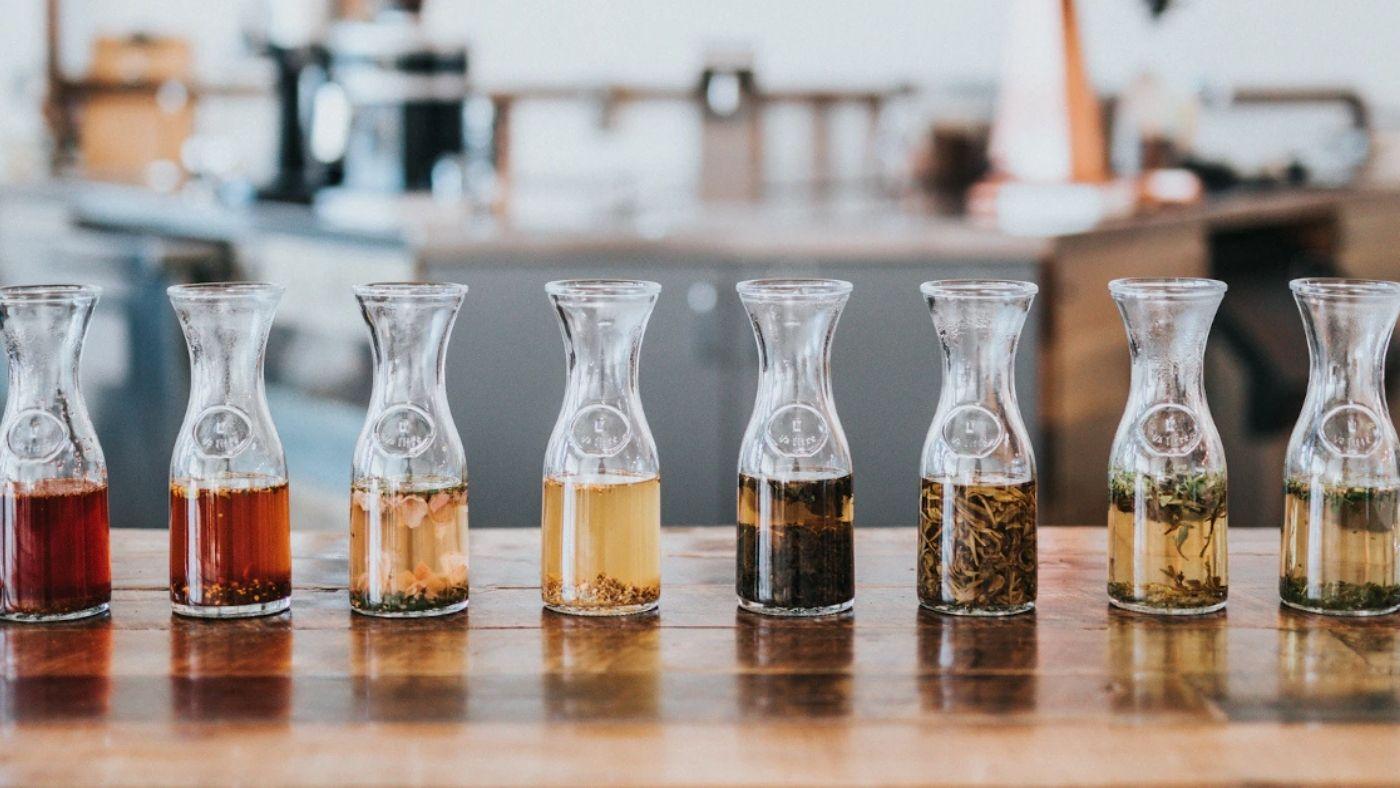 Green tea leaves for brewing kombucha