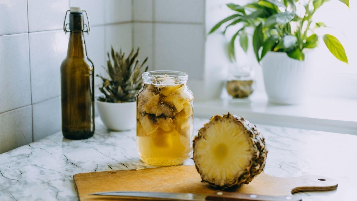 Tepache maison à l'ananas